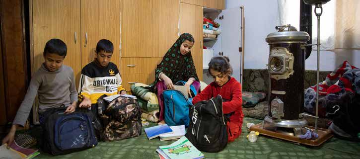 ​ Syrian refugee children studying at home in Jordan. © UNICEF/UNI304422/Matas